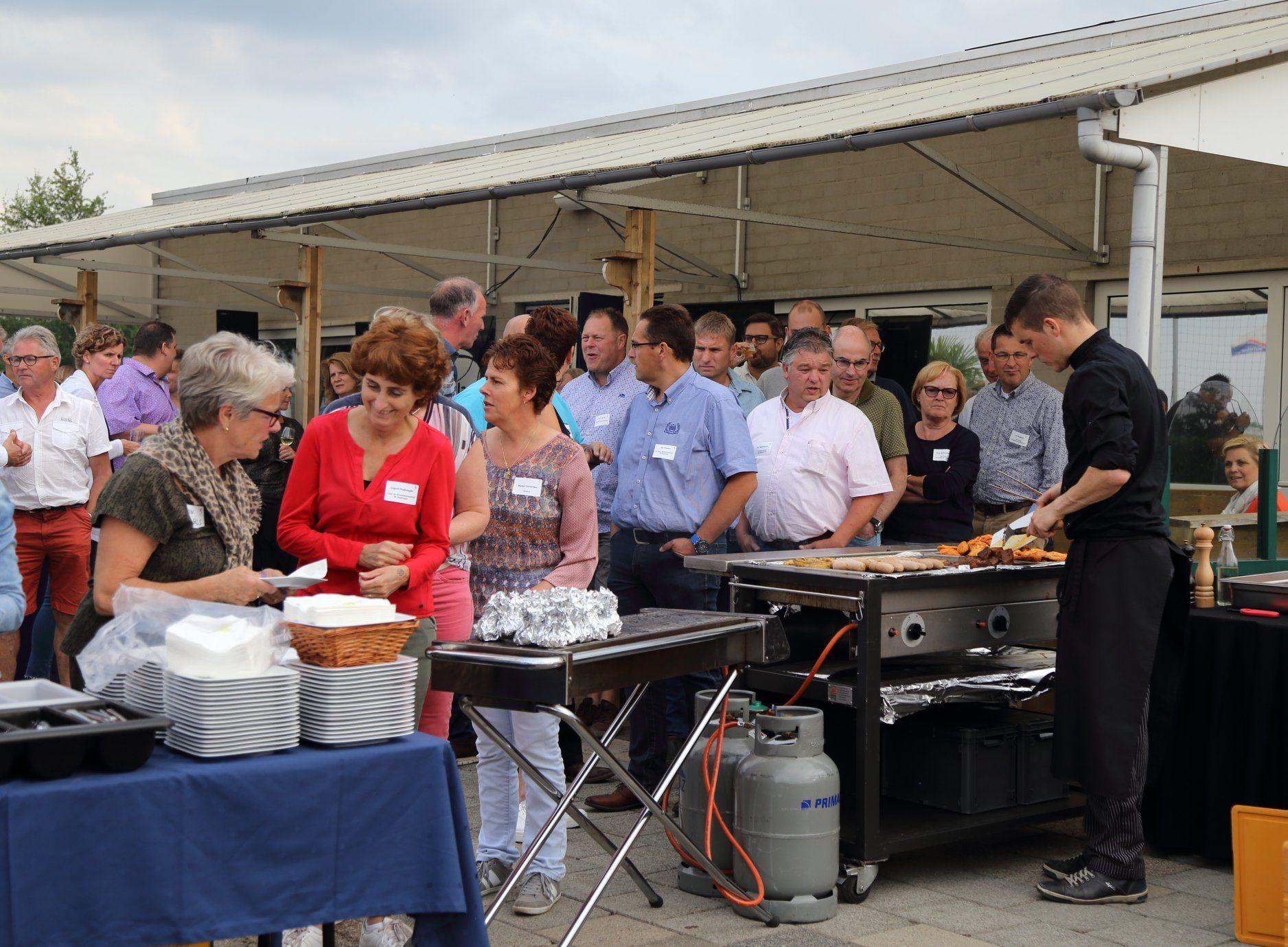 Bedrijvenkring Zundert op BBQ-bezoek bij Autotaalglas Trainingscentrum NAC in Zundert